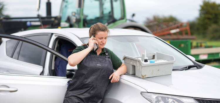 24hr on-call Emergency Service at your farm premises